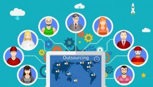 Seorang wirausahawan tahu kapan saatnya perusahaan membutuhkan tenaga kerja dari luar (outsourching)